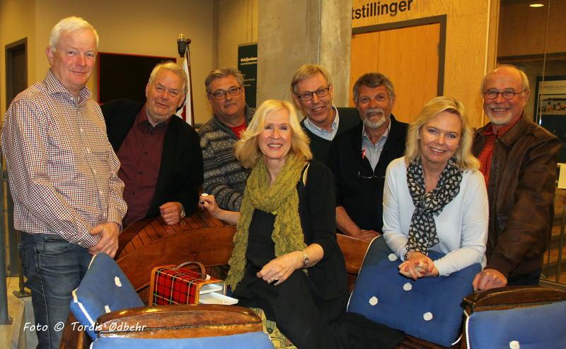 Styret i Venneforeningen. Fra v.: Per Salvesen, Knut Falla, Tom Armann, Trine Hamre Bendixen, Morten Jensen, Tore Hansen, Ellen Ugland og Anstein Spone.
