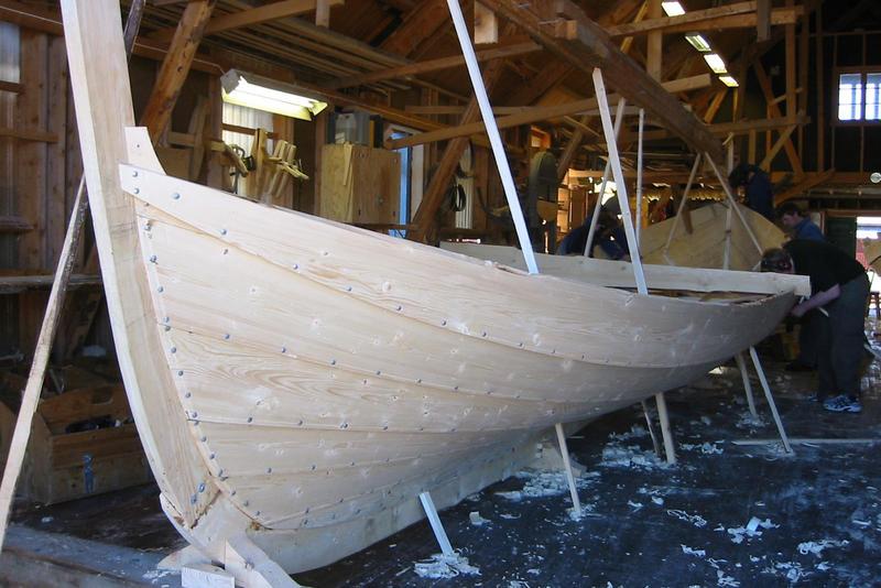 Læstabåten Skarv under bygging, 2004