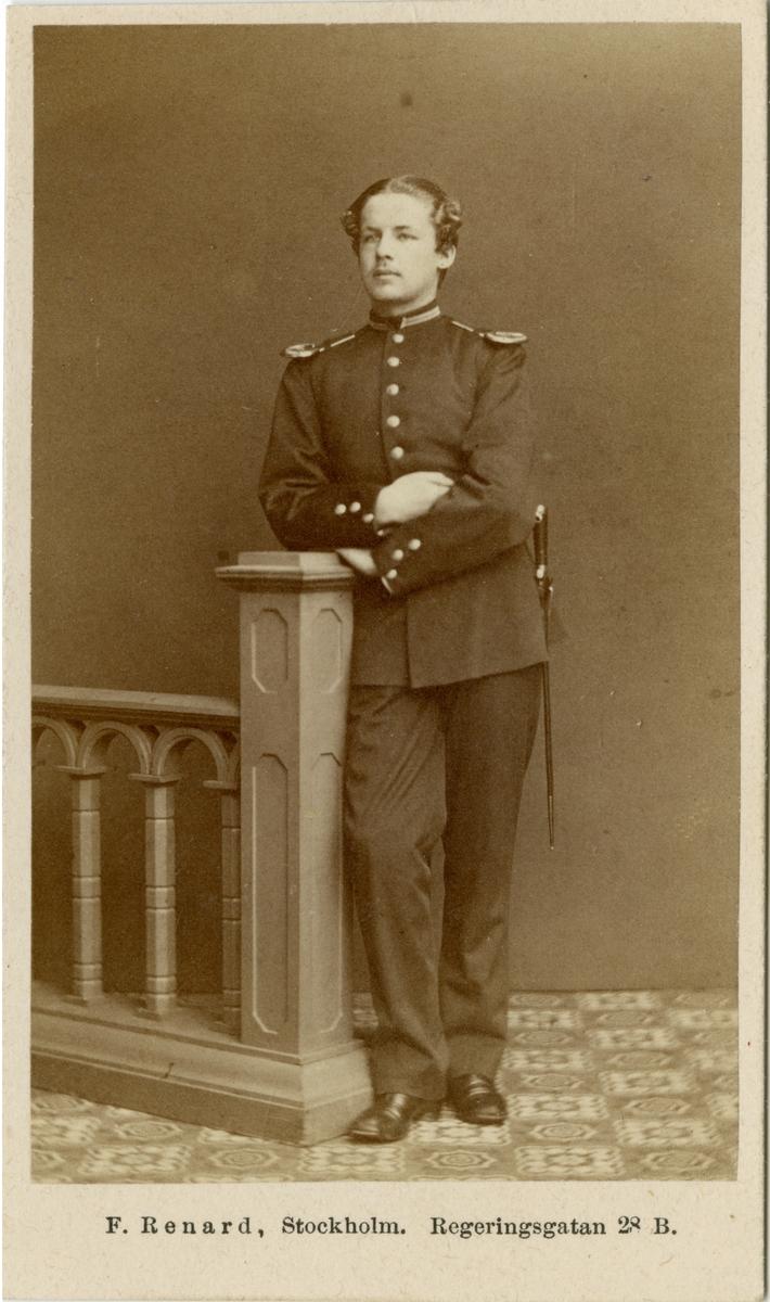 Porträtt av Carl Georg Mauritz von Heijne, elev vid Krigsskolan Karlberg.
