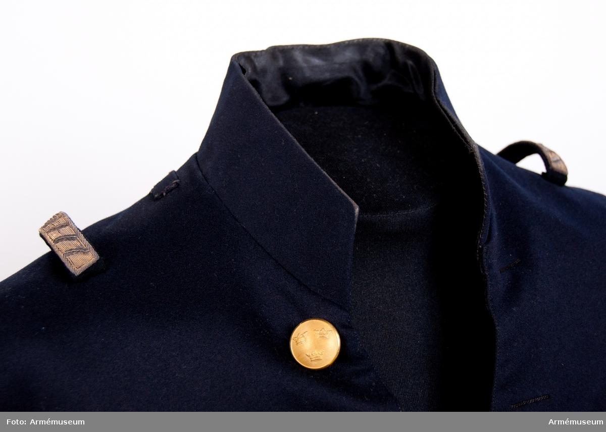 Grupp C I. Ur liten (adels)uniform för kammarherre vid Kungliga Majestätets  hov. Buren av kammarherre Carl Fredrik A:son Uggla.