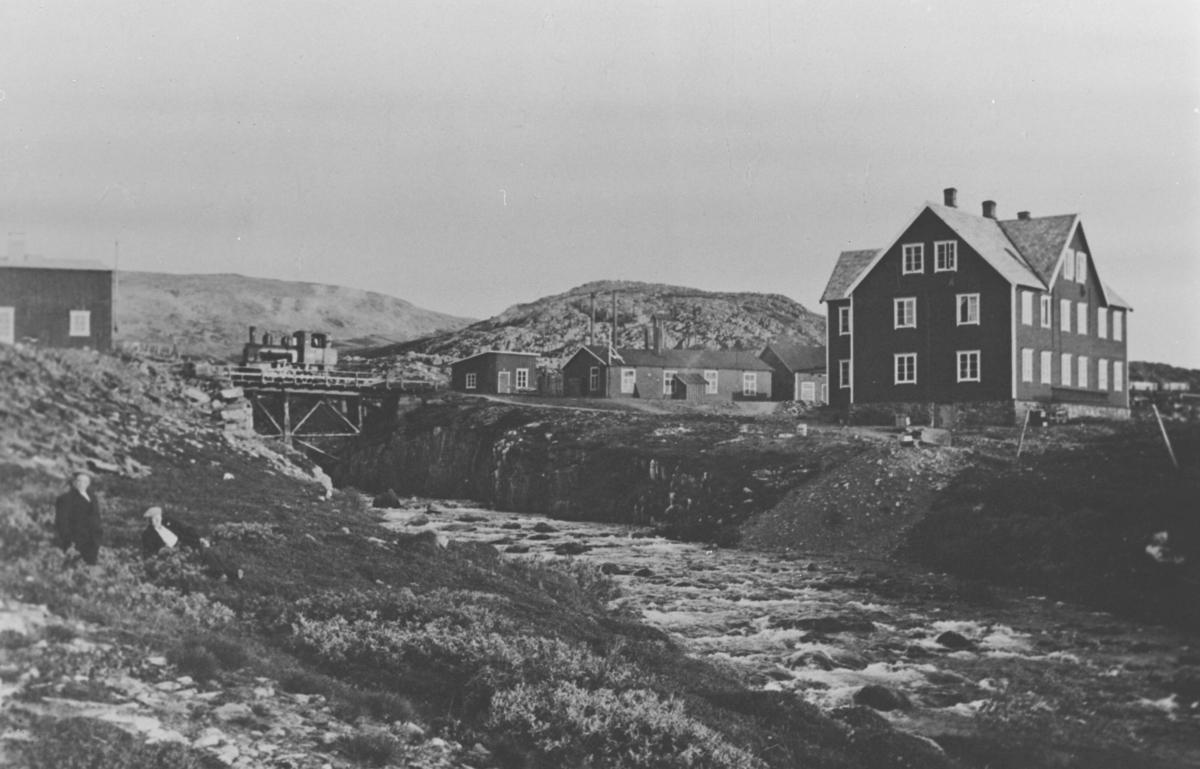 Fra fjellanlegget til statens havnevesen i Berlevåg.