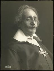 """Joachim Holst-Jensen i """"De tre musketerer""""."""