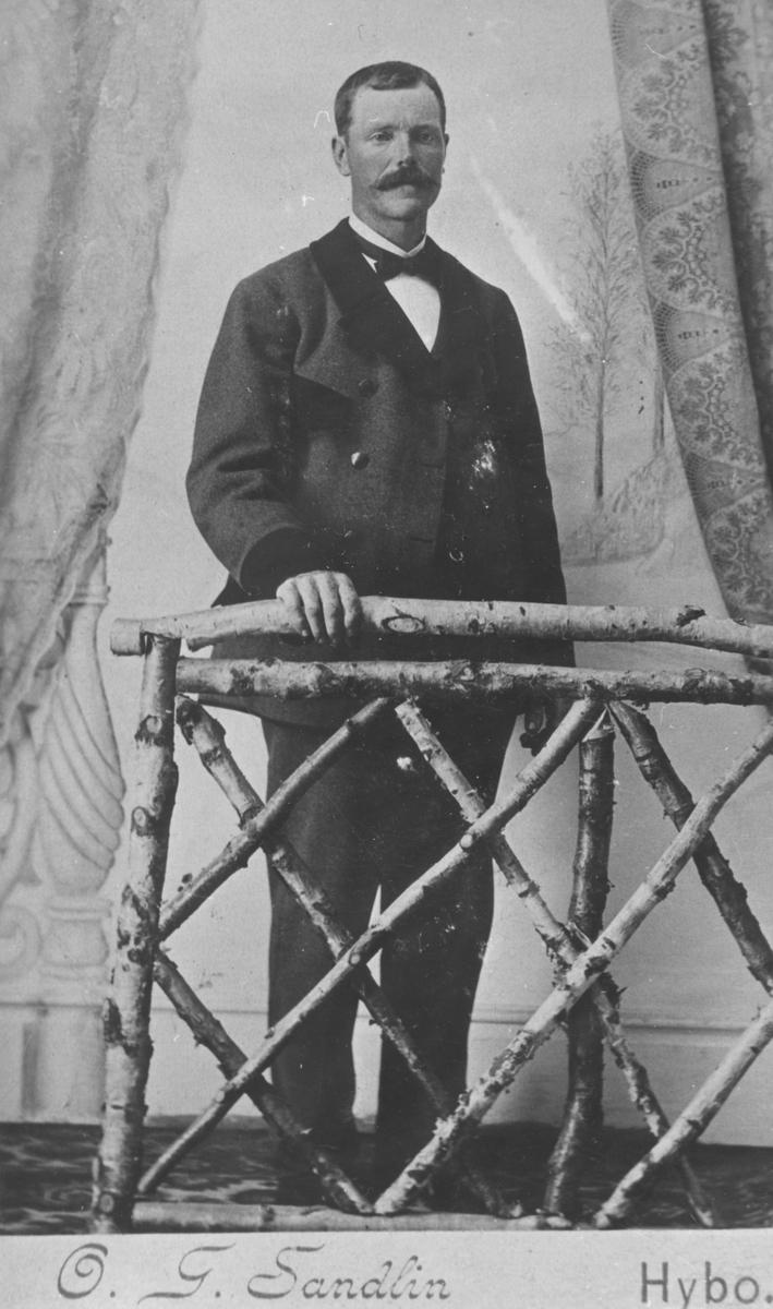 Skogvaktare Gustav Jansson, Hybo. F. 10-11-1865 i Ransäter, Värmland.