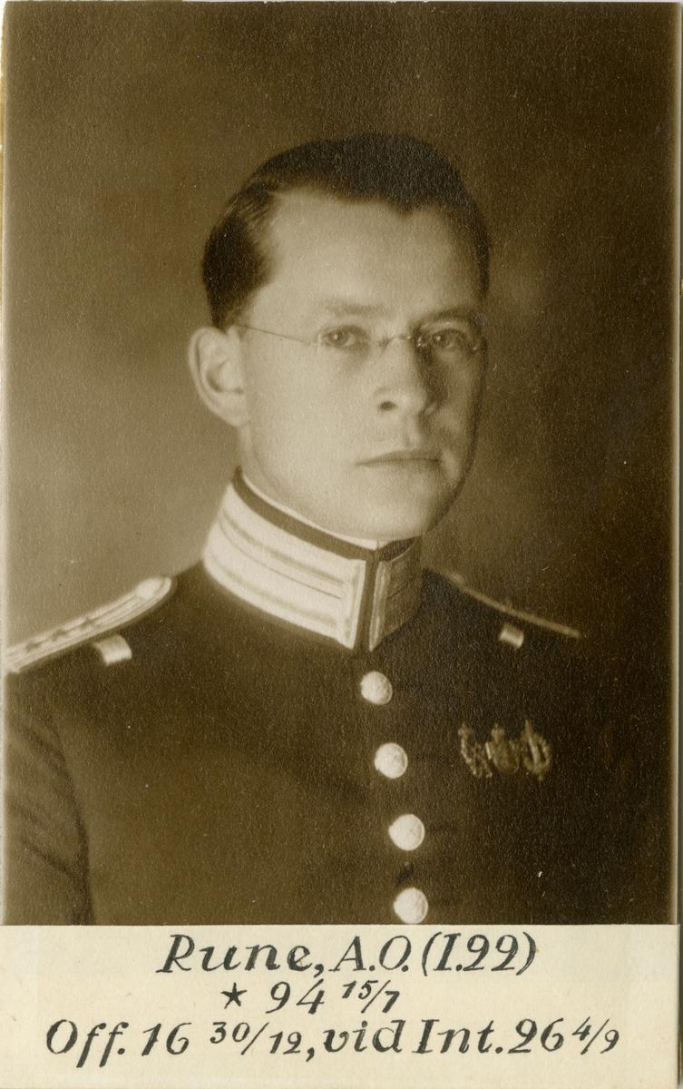 Porträtt av Axel Olof Rune, officer vid Värmlands regemente I 22 och Intendenturkåren.