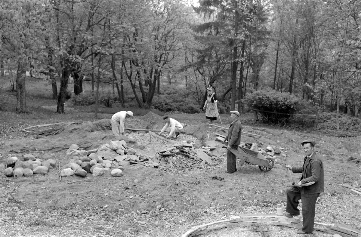 Arbeid i parken ved Ringve Gård