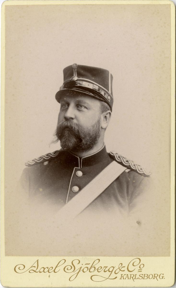 Porträtt av Axel Robert Pålman, fältveterinärstipendiat vid Fältveterinärkåren.