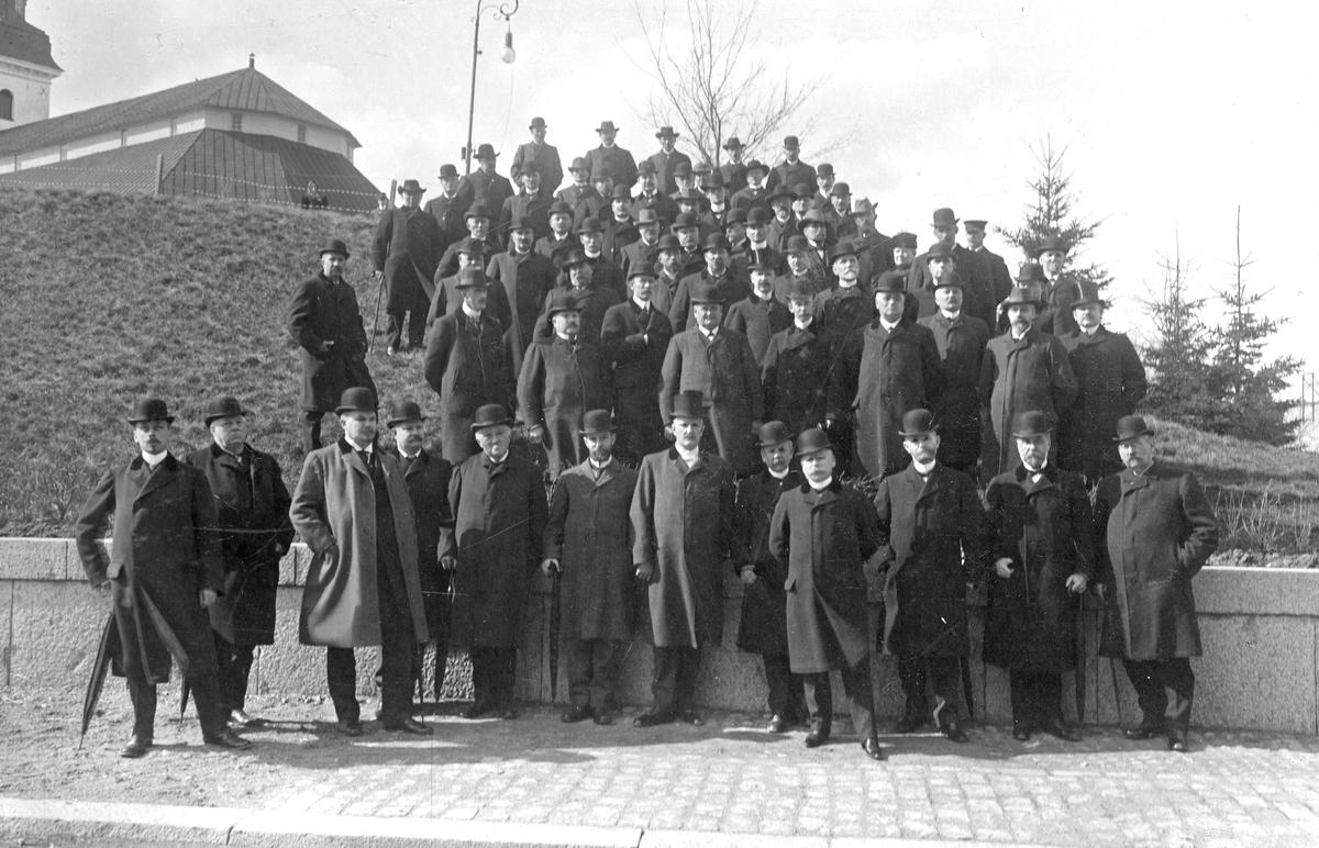 Föreläsare & deltagare i fattigvårdskursen i Köping, 1910.