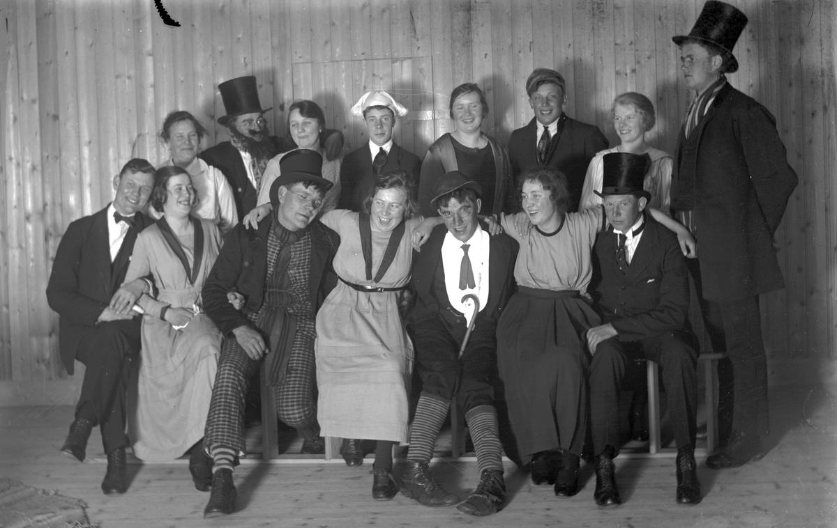 """""""Märtadagen"""". Josef Eriksson tredje mannen sittandes från vänster"""