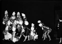 Sagorevyn på teatern. Den 14 januari 1938