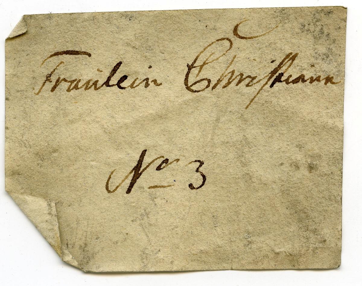 Etikett på prøve: Fraulein Christiane 3  Etikett i eske: Fraulein Christiane  No. 3