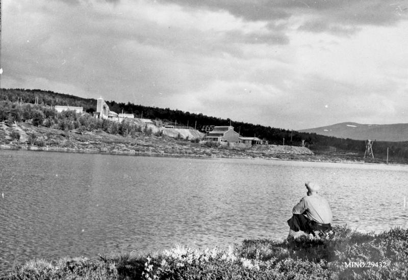 Nygruva om lag 1947/48. Foto: Peder Stuedal. Musea i Nord-Østerdalen, nr. 29432. Sjå også Folldalsbilder I, side 23