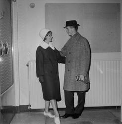 Forum visar tonårskläder, Uppsala 1959