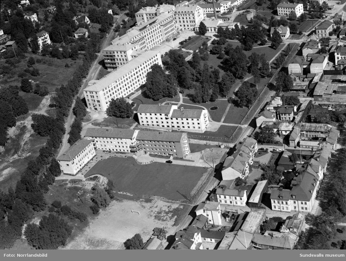 Flygfoton över Norrmalm och sjukhuset.
