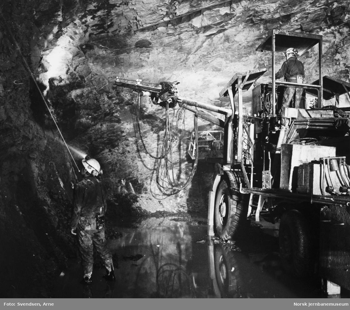 Oslotunnelen : Borerigg i tunnelen