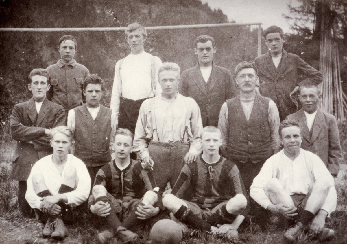 Begnadalen idrettslag, ca 1920.