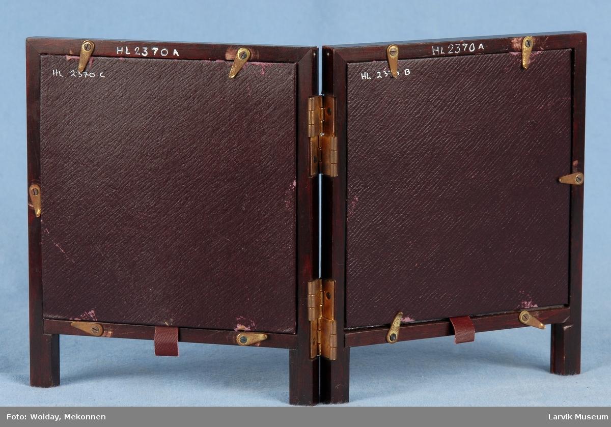 Form: sammenleggbar dobbel bordramme i mahogny m