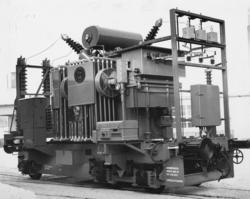 Trefase transformatorvogn for transportabel omformer litra R