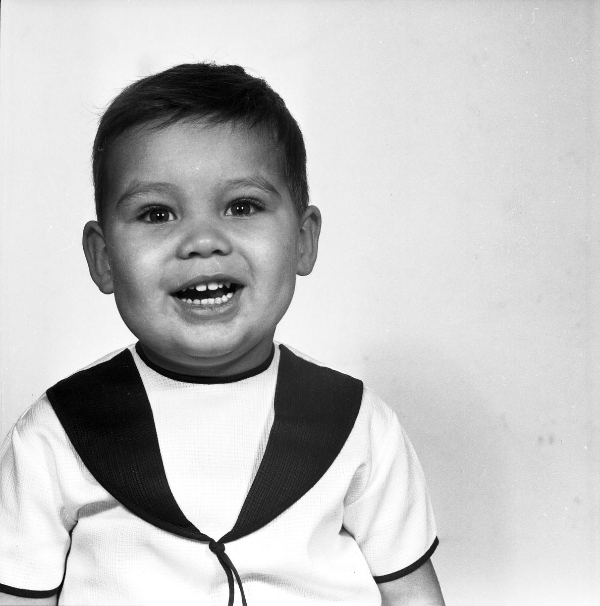 Pojken Kubulenso, Gävle. Den 30 november 1966