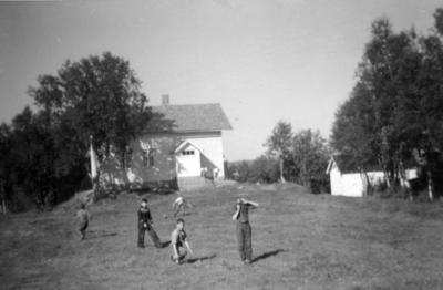 Tmmervik_skole_20001.jpg