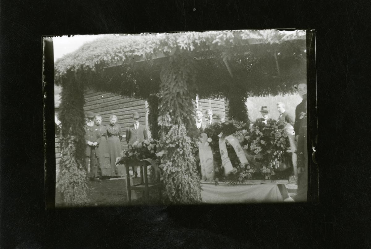 Gravferd, ca 1915.