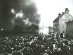 Sveagatan till höger i bild. Väg till vänster går mot Tornby