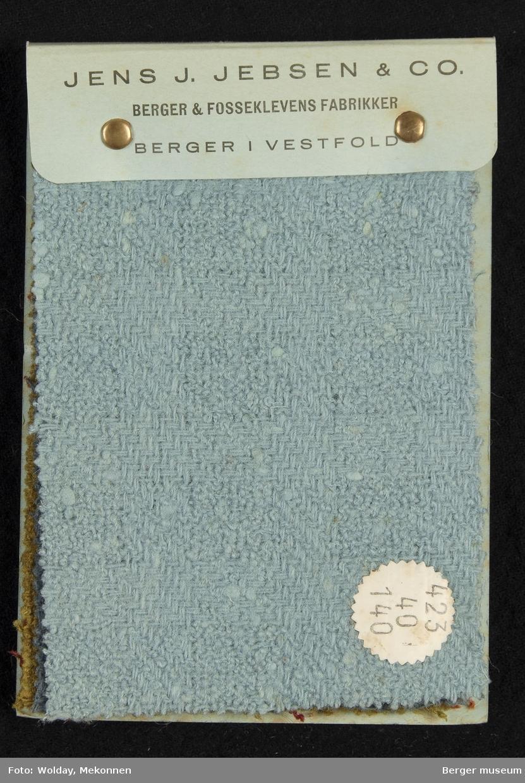 Prøvebok med 6 prøver. Drakt/kåpe-stoff Kavlitet 423 Stykkfarget