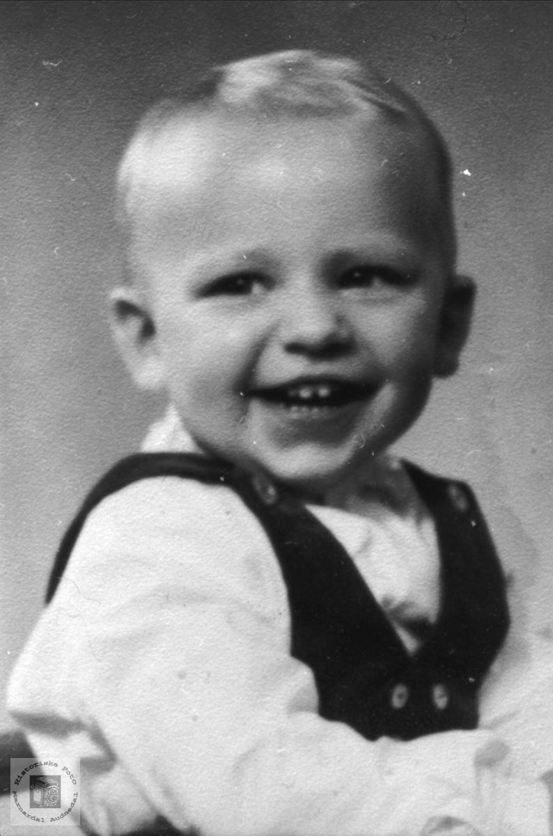 Barneportrett Oddvar Nilsson Greibesland.