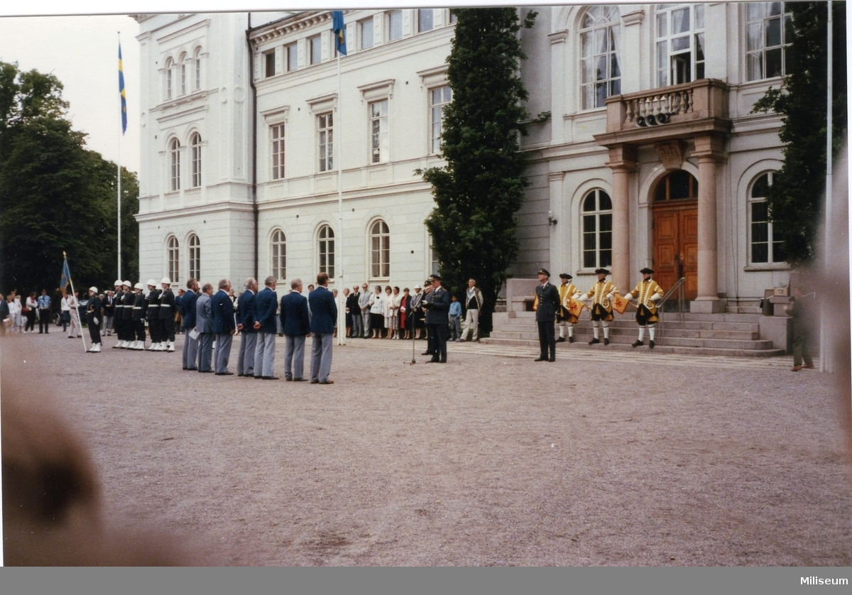 Avskedsceremoni, A 6. Lilliecreutz, Carlson, Carlsson.