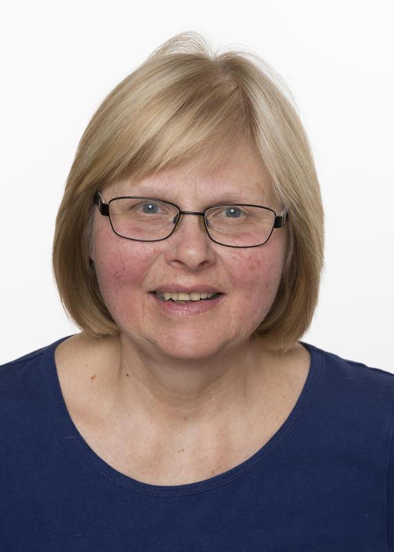 Museumskonsulent, tekstil, gjenstander, formidling ved Musea i Nord-Østerdalen Helga Reidun Bergebakken Nesset. (Foto/Photo)
