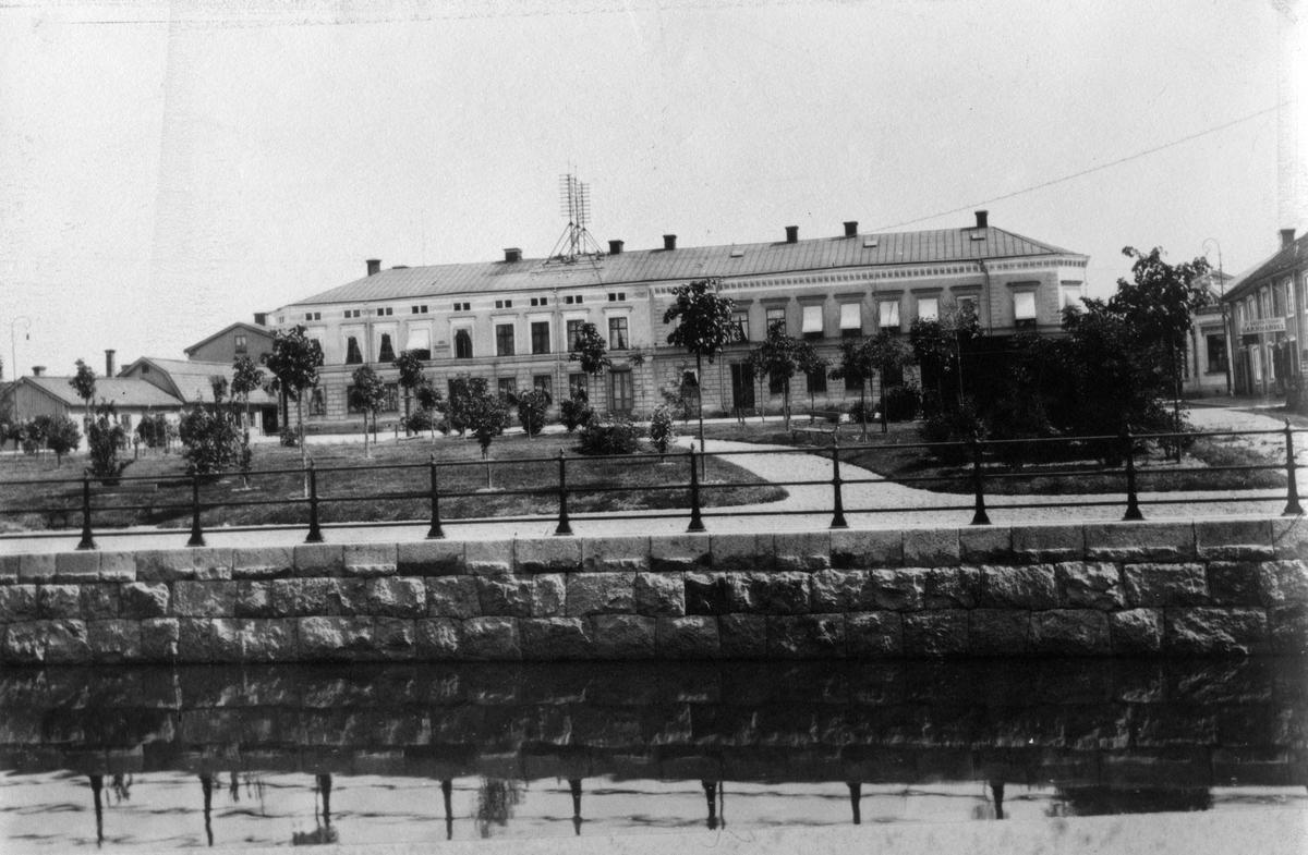 Hökartorget med Telegrafhuset, 1904.