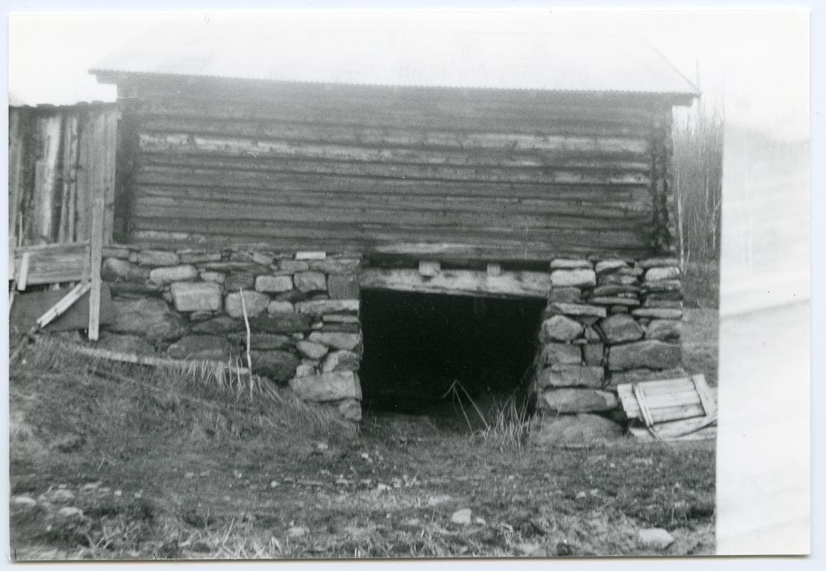 Uthuset på Milevatnet, Leirskogen, Sør,Aurdal.
