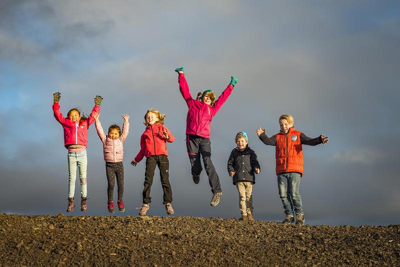 Barn på Slegghauan (Foto/Photo)