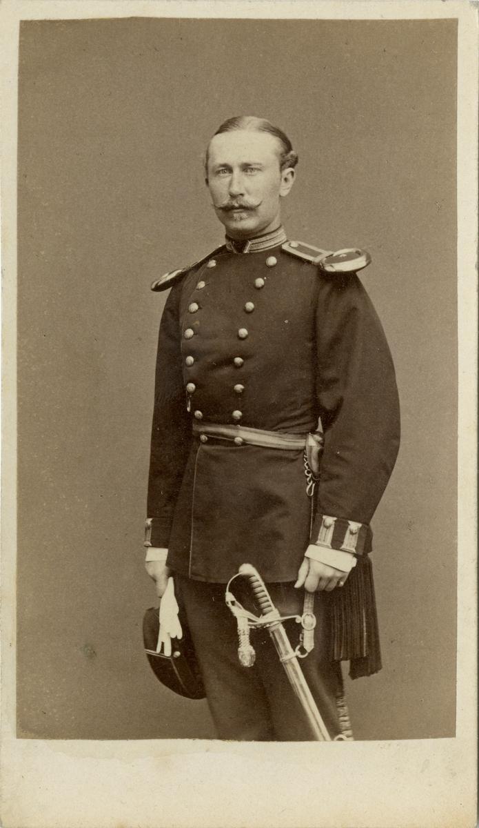 Porträtt av okänd underlöjtnant vid Upplands regemente I 8.
