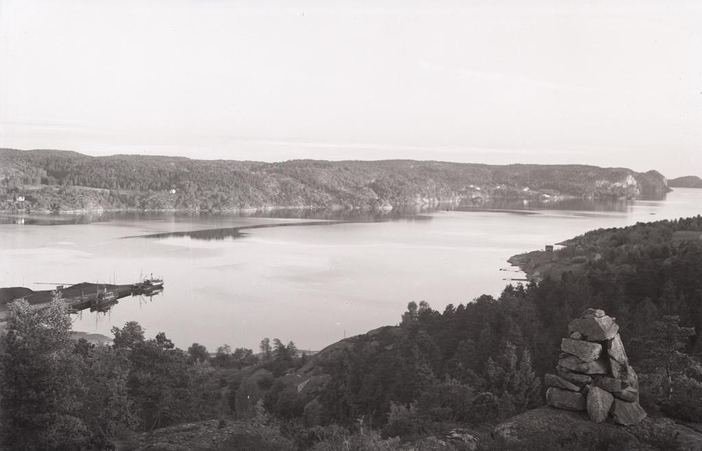 Munkedals hamn och Saltkällefjorden