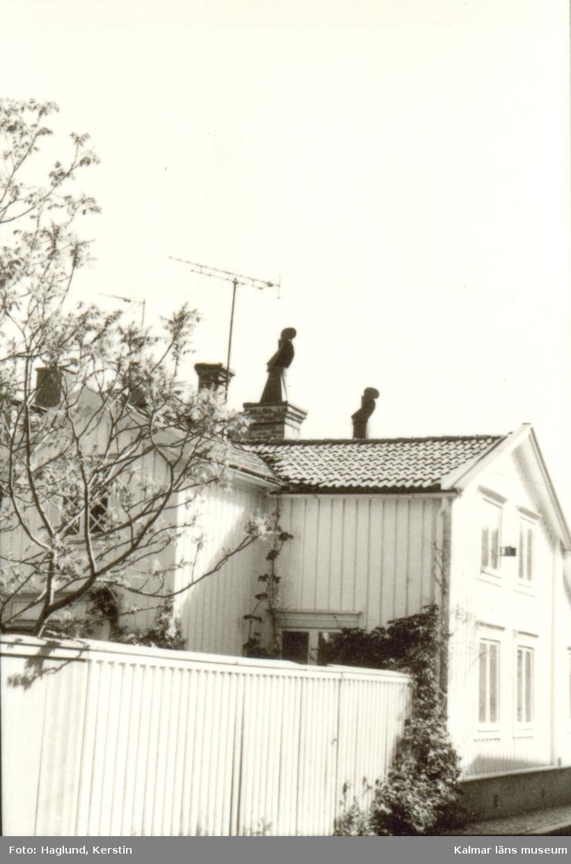 Småland Kalmar Gamla Staden Kvarteret Flädern 7  Dokumentation inför intyg om kulturhistoriskt värde.  Foto: Kerstin Haglund 1990-05-18