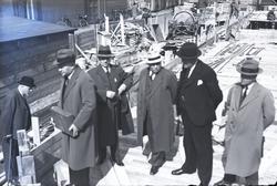 Bilden är skannad direkt från glasplåt. Publicerad i tidning