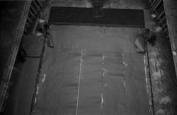Lasting av Urea-bulk, M/S Bolinas. Plassering av lukeseksjon