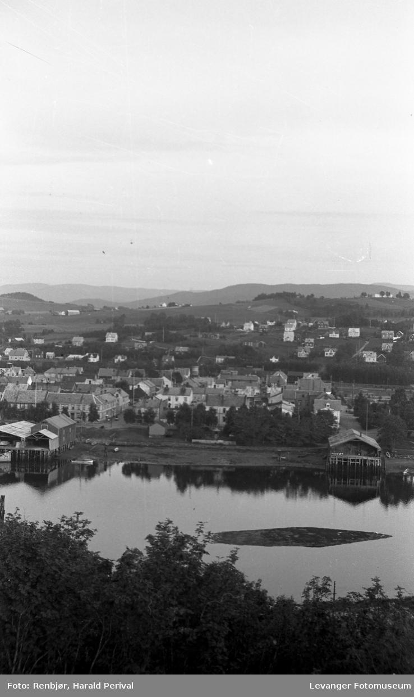 Utsikt over Levangersundet mot sentrum av Levanger.