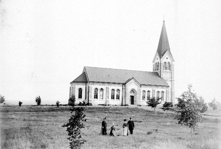 Bildtext: Österplana socken. Österplana kyrka, exteriör.