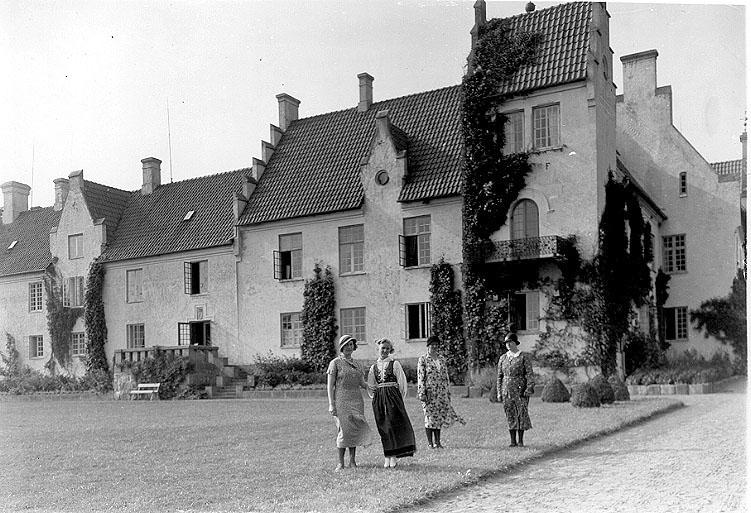 Skåne, Bosjökloster.