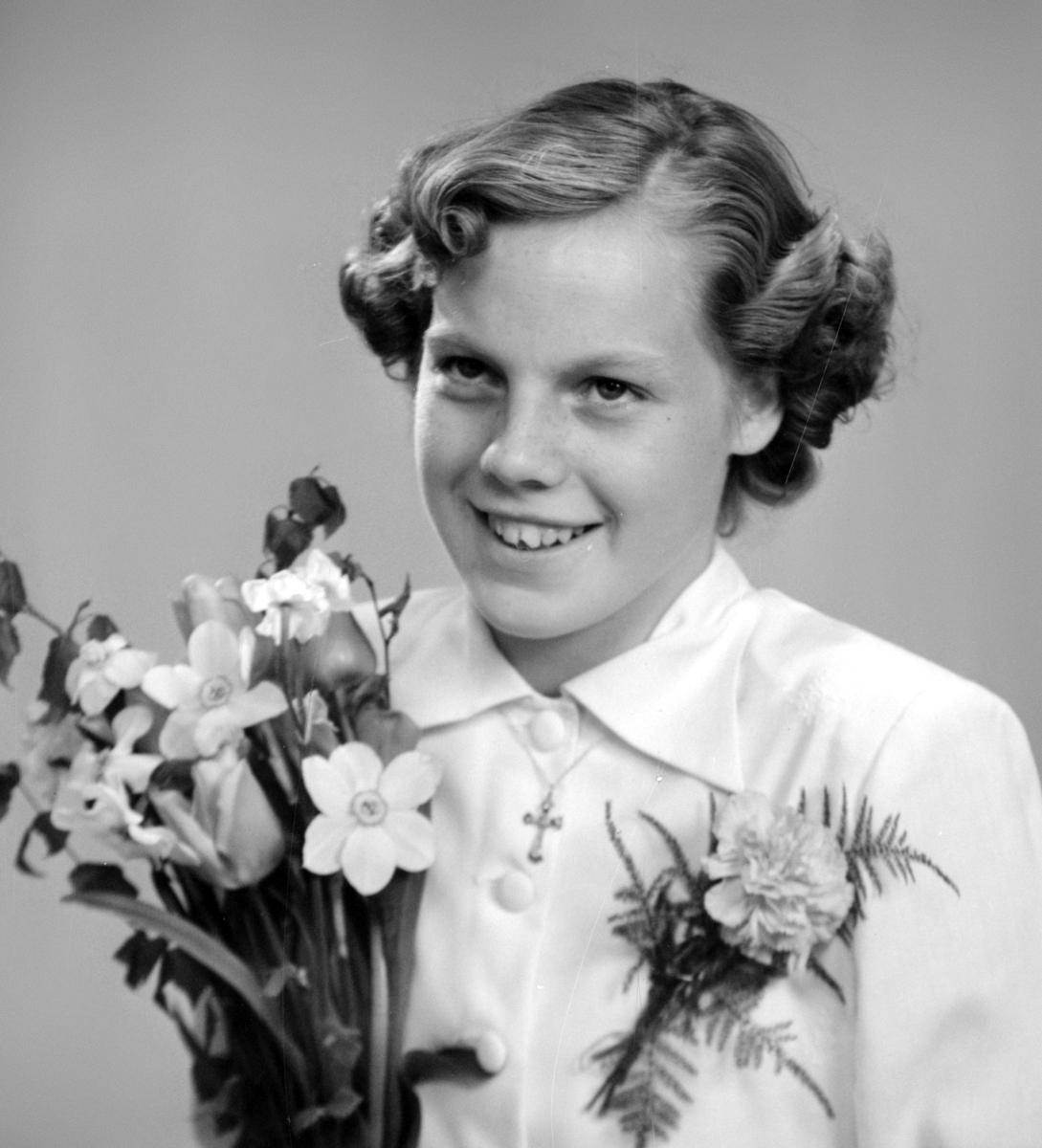 Konfirmanden Birgit Eriksson (?). Foto i maj 1950.