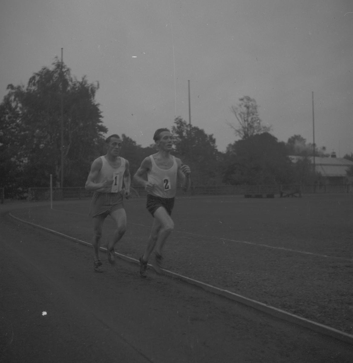 Östling och Nyström. 1946
