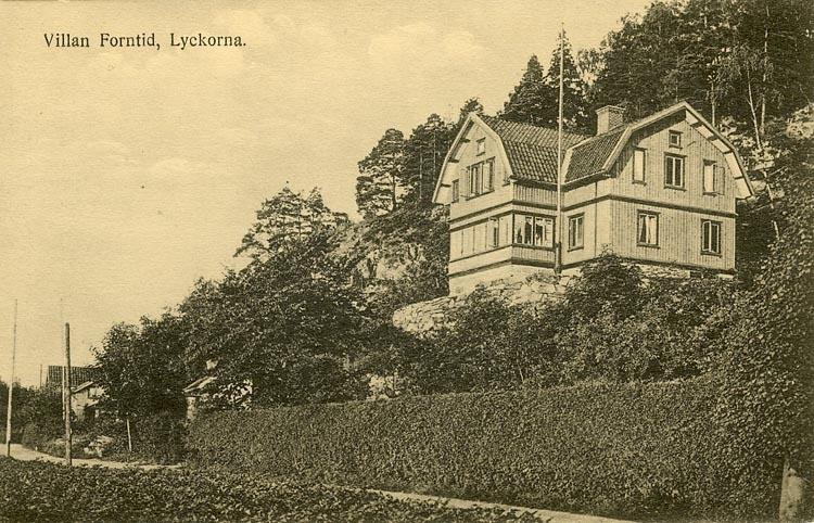 """Enligt Bengt Lundins noteringar: """"Villa Forntid""""."""