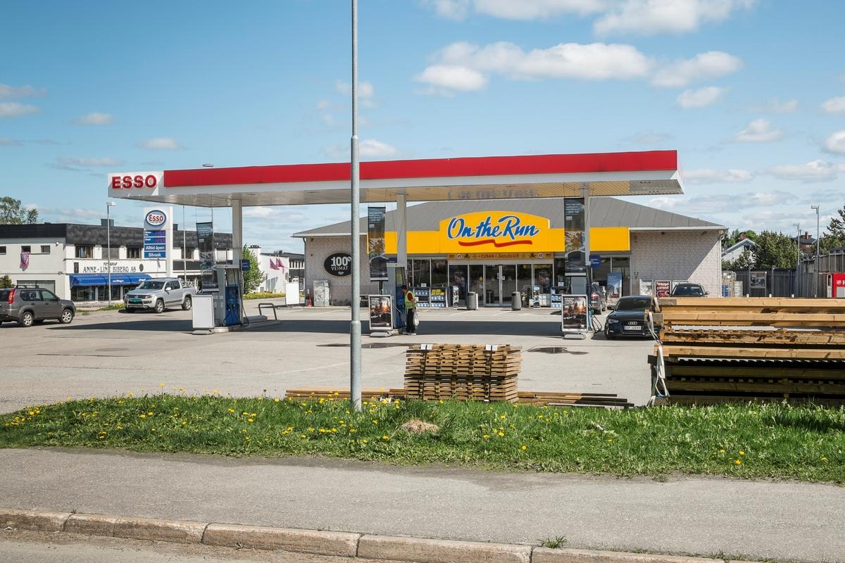 Esso bensinstasjon Nordbyveien Ski