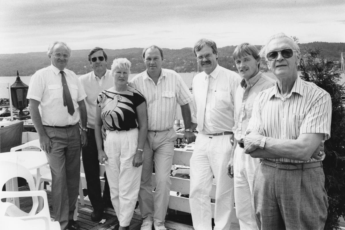 Politikere på Skipperstuen i Drøbak. Fra venstre: Åsmund Berg, Bjørn Loge, Øyvind Ruud, Ole Skolt, Leif Fritzvold og Rune Granås.