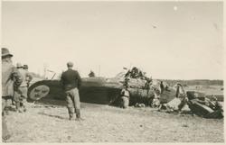 Havererat militärt skolflygplan SK 14 nummer 675, märkt F 5-