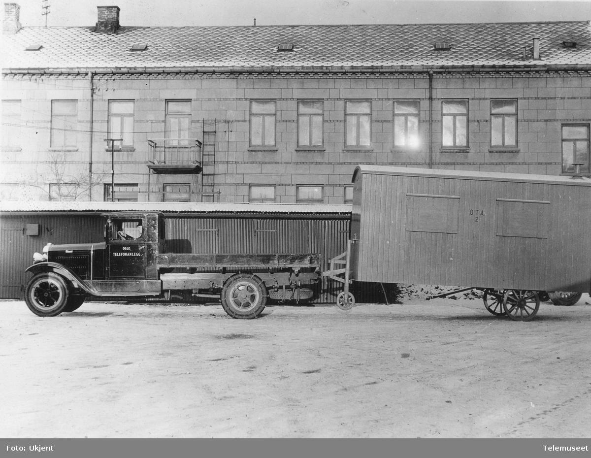 Lastebil med hvilebrakke fra Oslo telefonanlegg