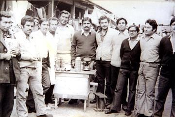 Alfredos far og andre politiske fanger, inne i et improviset fengsel i byen Arica, september 1973. (Foto/Photo)