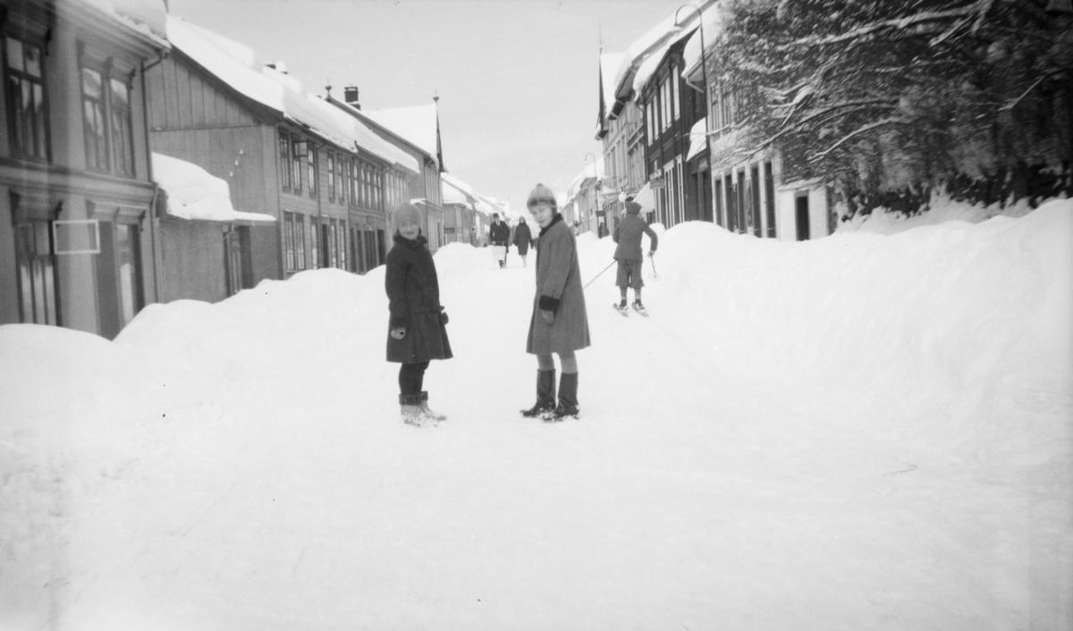 Vinter i Storgata i Lillehammer.