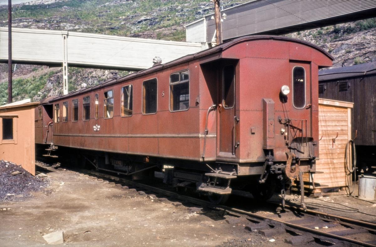 Sulitjelmabanens personvogn Bo nr. 5.